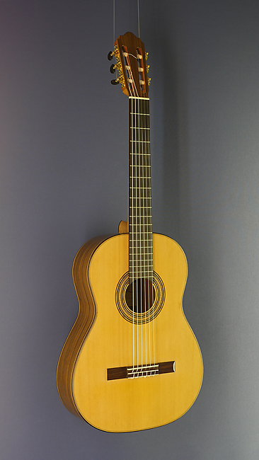 Dominik Wurth classical guitar with scale 65 cm , cedar, rosewood, year 2017